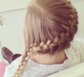 anaheim-blowout-parlor-diagonal-braid