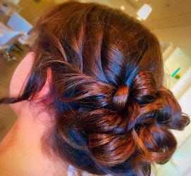 anaheim-blowout-parlor-twisted-up-do